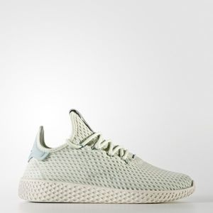 NWOB Adidas Pharrell Williams Tennis Hu Sneakers